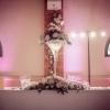 Composition fleurie en vase martini