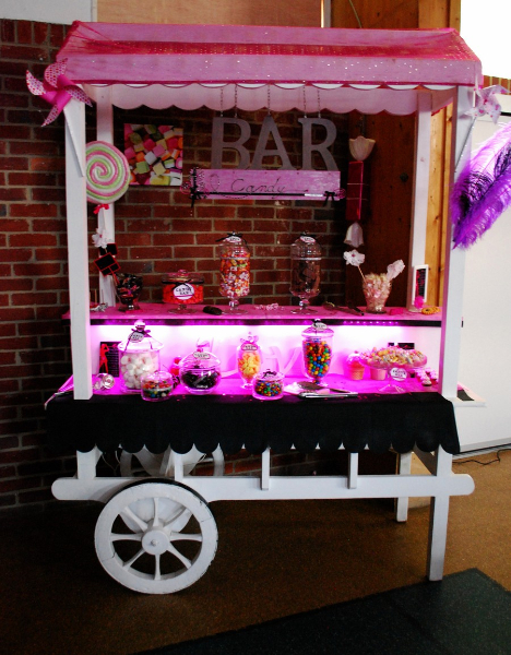 location alice disney candy bar housses mange debout porsche. Black Bedroom Furniture Sets. Home Design Ideas
