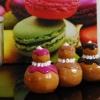 Tableaux bonbons, religieuses en plâtre