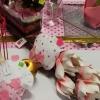 Fleurs en mousse, cupcake en feutrine