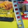 Détail vitrine Kodak, années 80, Converses