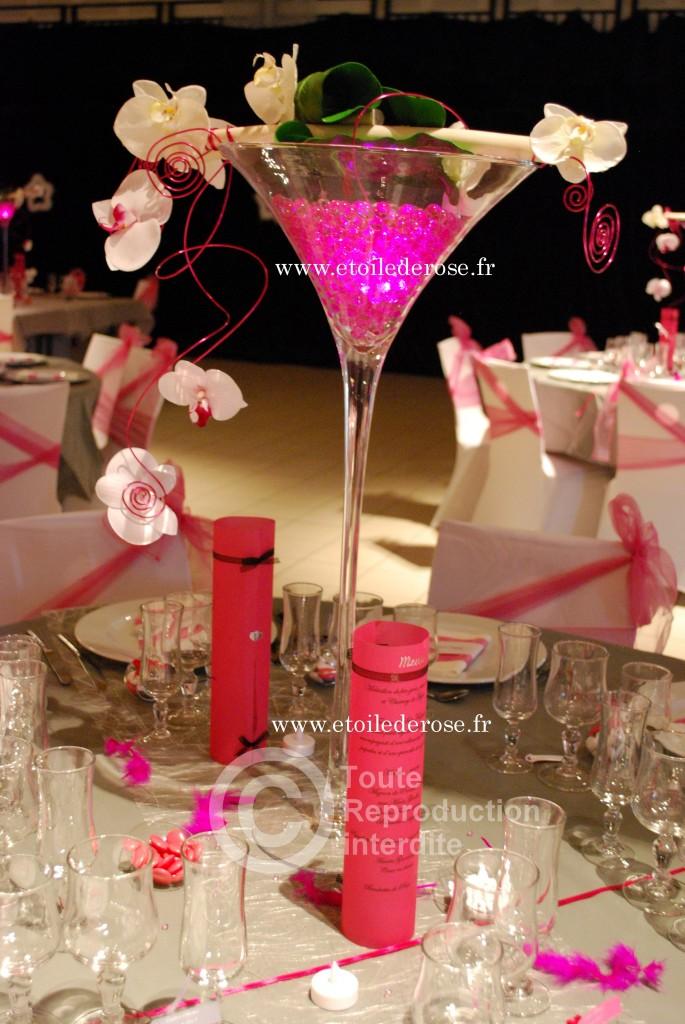 Vase martini et déco de table fuchsia gris blanc