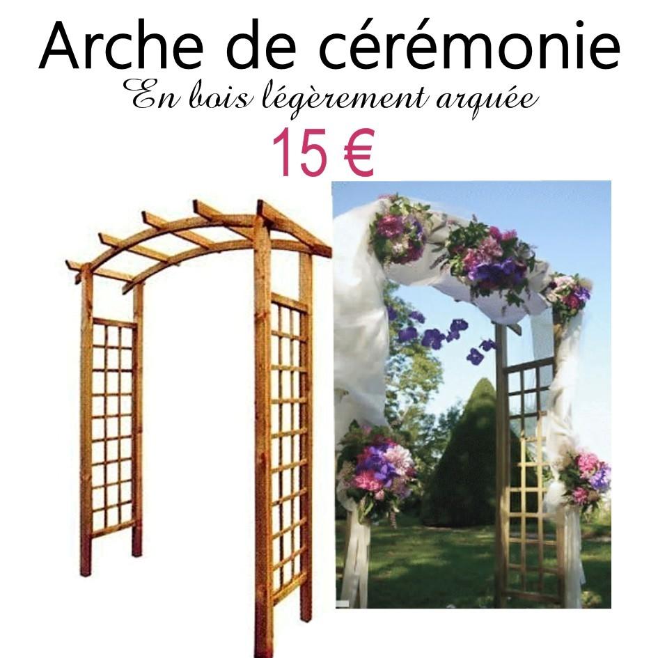 Arche de cérémonie en bois