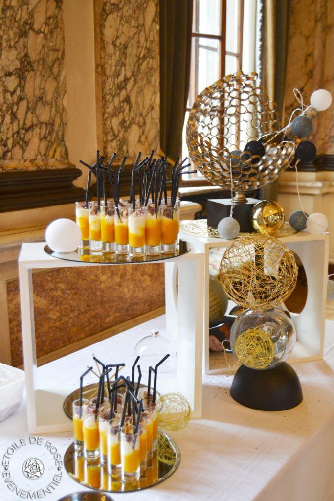 Hôtel de ville de Troyes, décoration de buffet, thème Bulles et Champagne